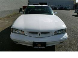 Picture of '98 Pontiac Bonneville located in Washington - M5Q6
