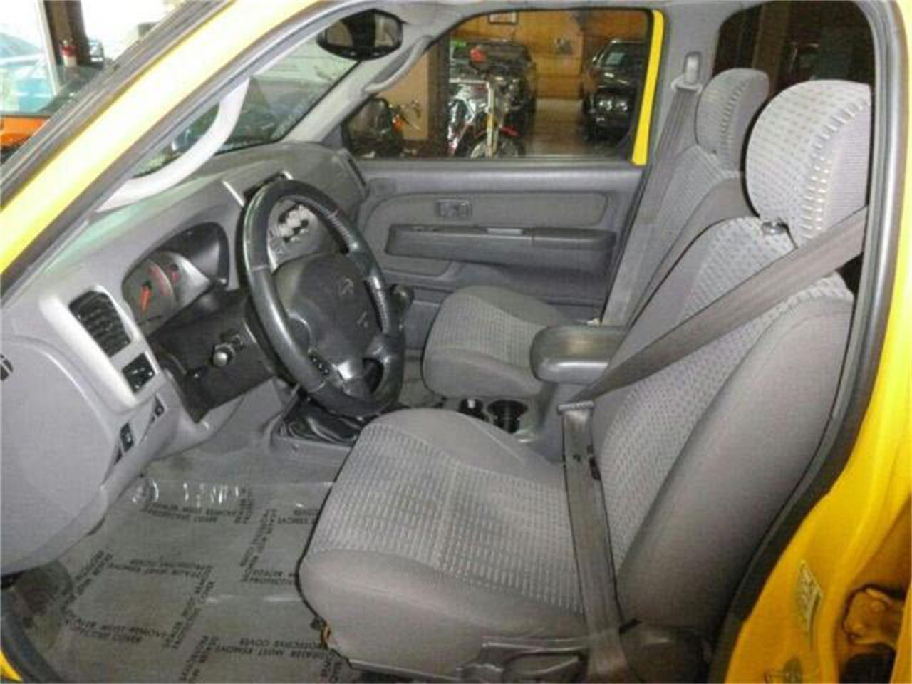 Large Picture of 2001 Nissan Xterra located in Washington Offered by Sabeti Motors - M5QD