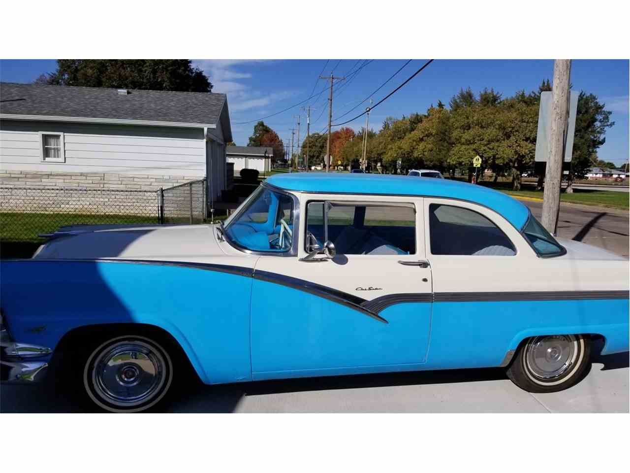 Large Picture of Classic '56 Ford Fairlane located in Hastings Nebraska - $25,000.00 - M5US