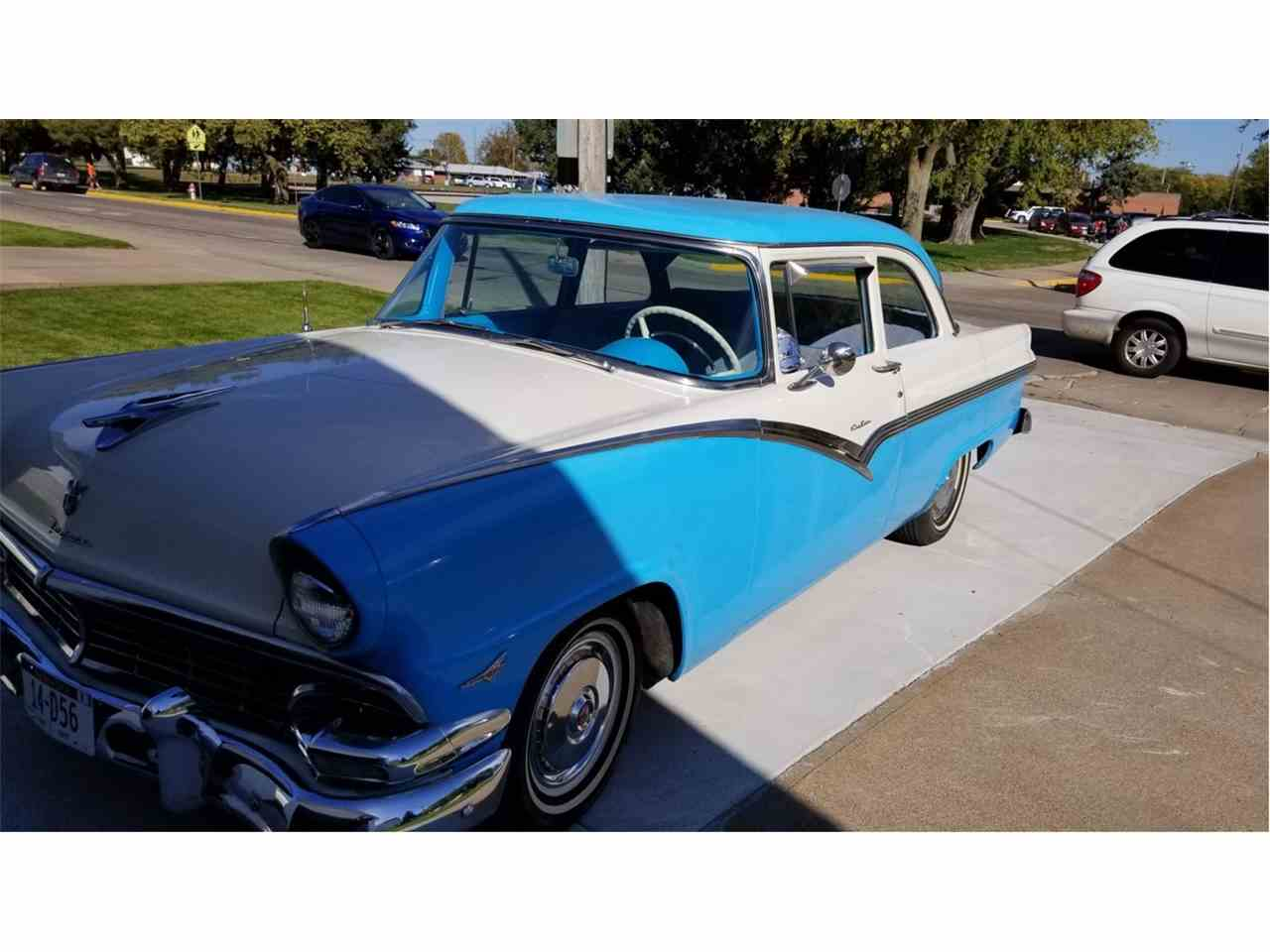 Large Picture of Classic '56 Ford Fairlane - M5US