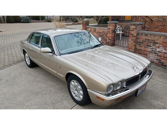 Picture of '99 XJ8 - M5UV