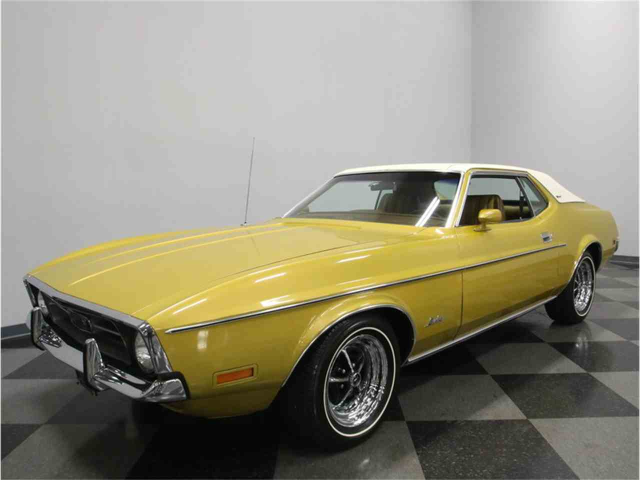 Large Picture of 1972 Ford Mustang located in Lavergne Tennessee - $20,995.00 Offered by Streetside Classics - Nashville - M5W7