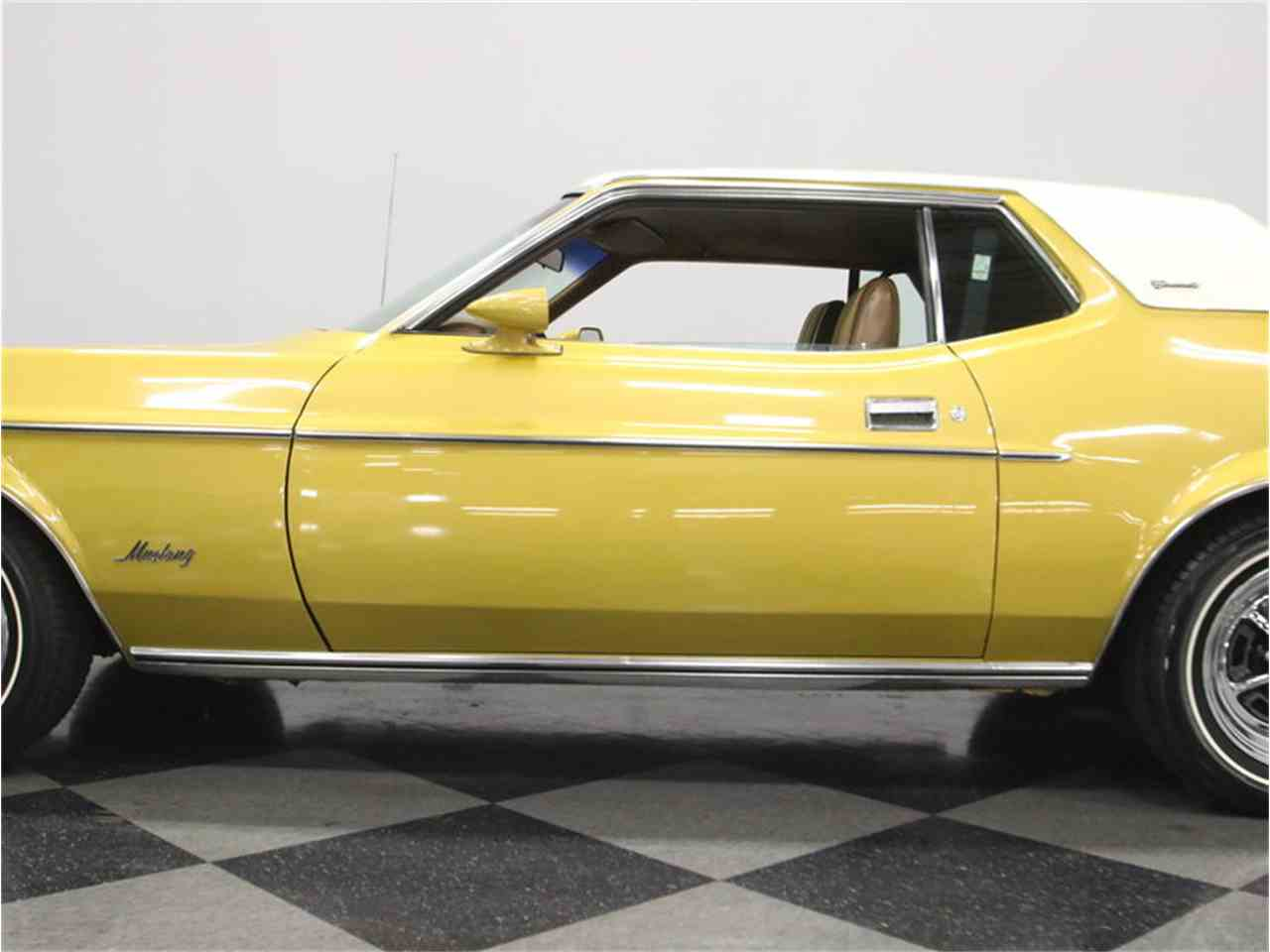 Large Picture of '72 Ford Mustang - $20,995.00 - M5W7