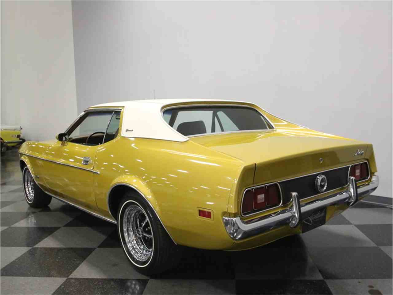 Large Picture of Classic 1972 Ford Mustang located in Tennessee - M5W7