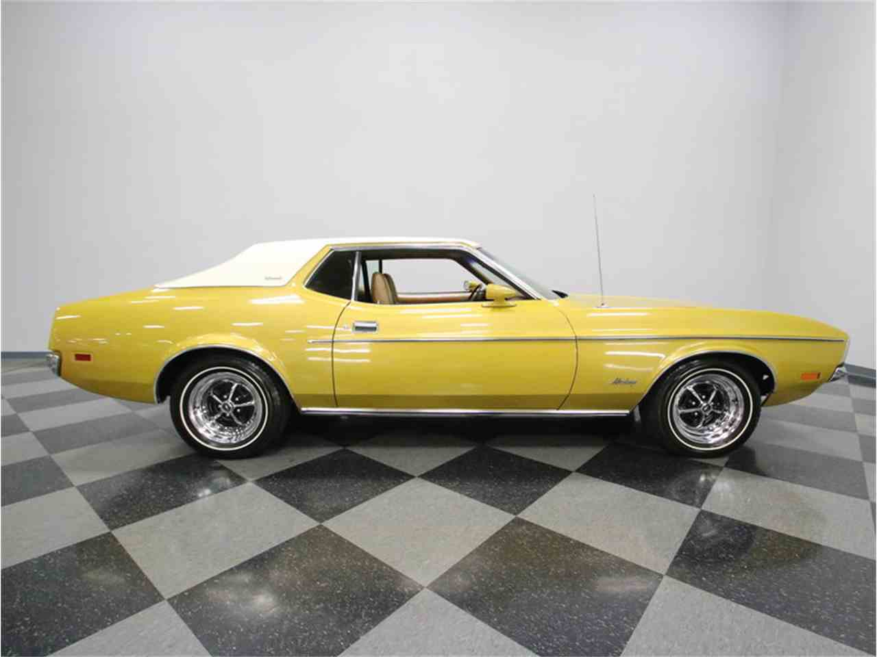 Large Picture of Classic '72 Ford Mustang - $20,995.00 - M5W7