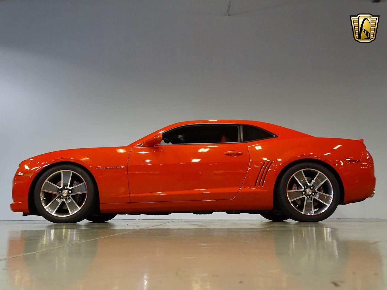 Large Picture of '10 Chevrolet Camaro located in Lake Mary Florida - M5Y1