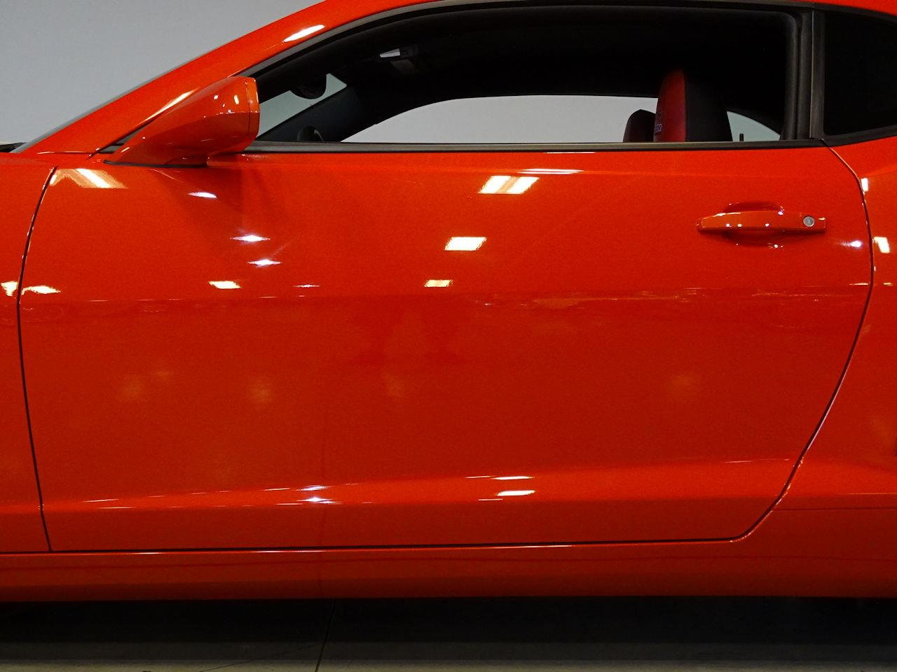Large Picture of '10 Chevrolet Camaro - $42,995.00 - M5Y1