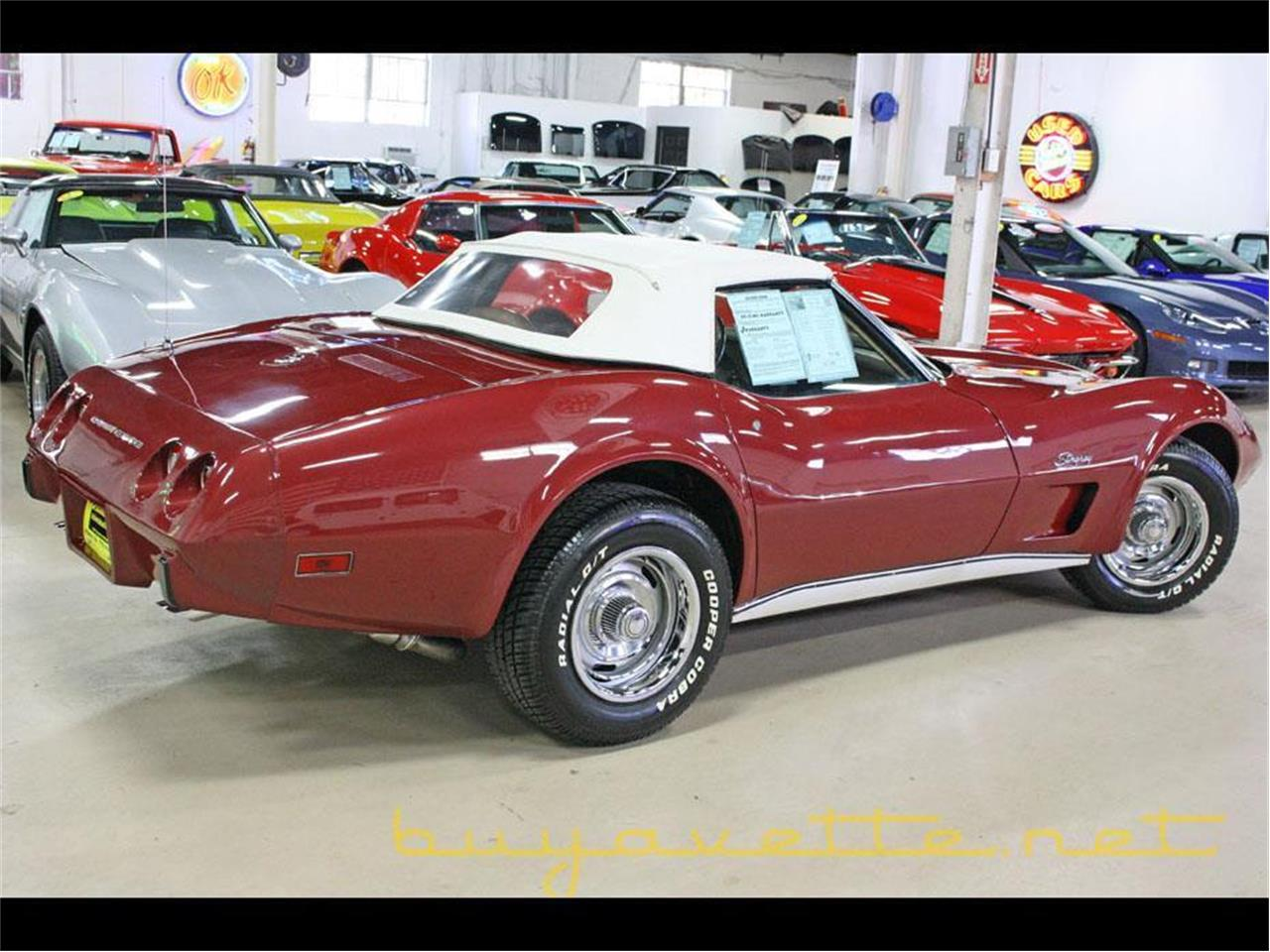 Large Picture of '75 Corvette - M5YI