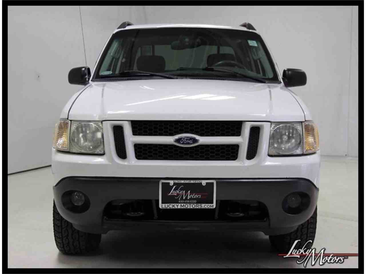 Large Picture of 2003 Explorer located in Illinois Offered by Lucky Motors Of Villa Park - M5YM