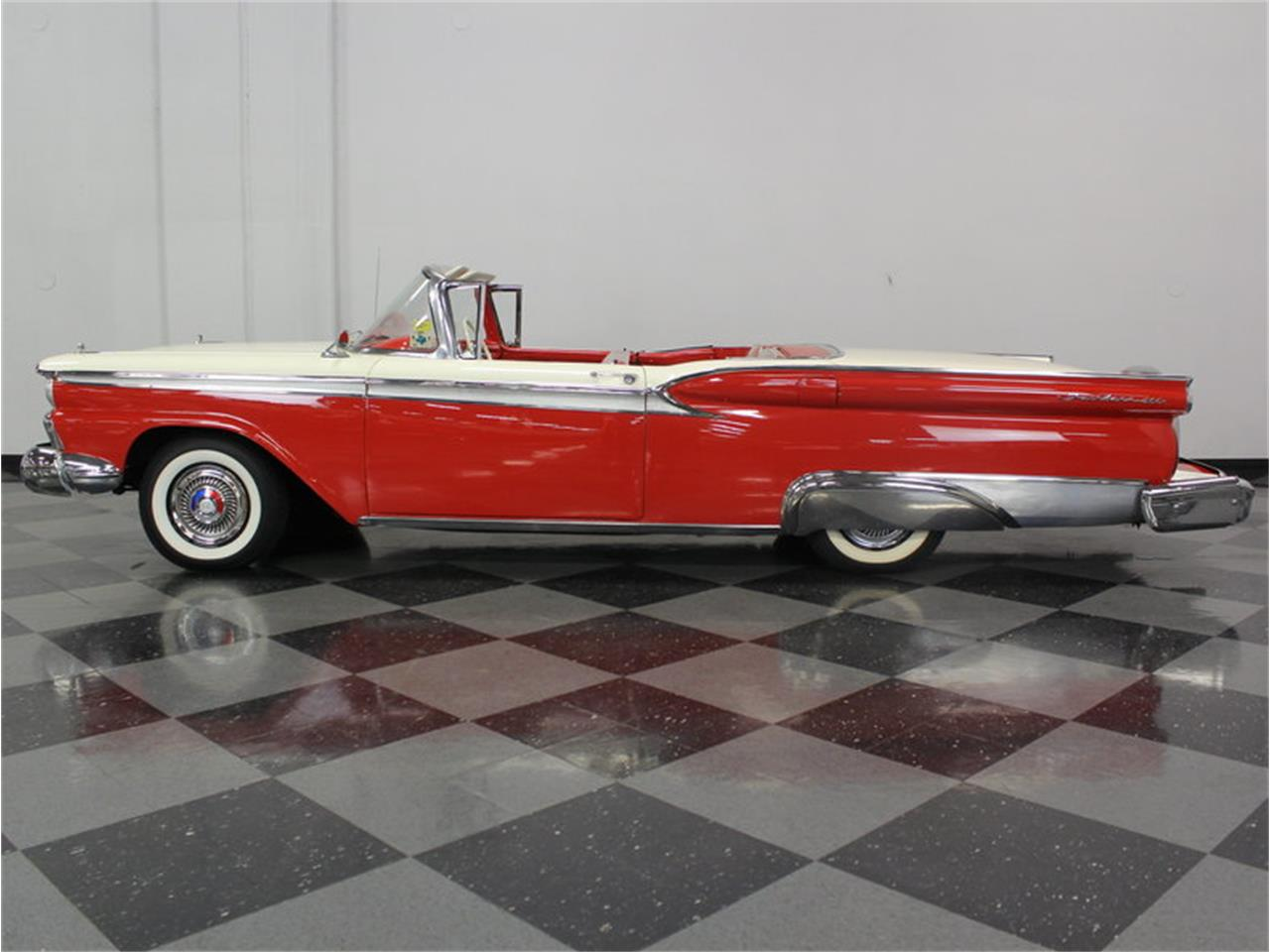 Large Picture of '59 Galaxie Skyliner - M61M