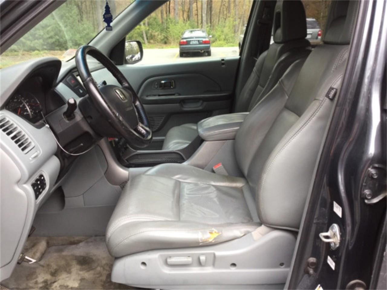 Large Picture of 2005 Honda Pilot located in New Hampshire - $5,745.00 Offered by Horseless Carriage - M62R