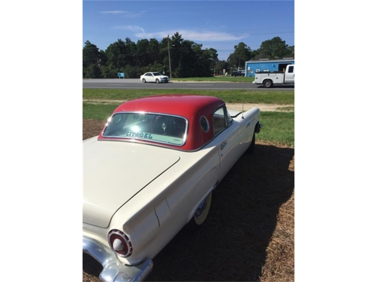 Large Picture of Classic '57 Ford Thunderbird - $25,000.00 - M68P