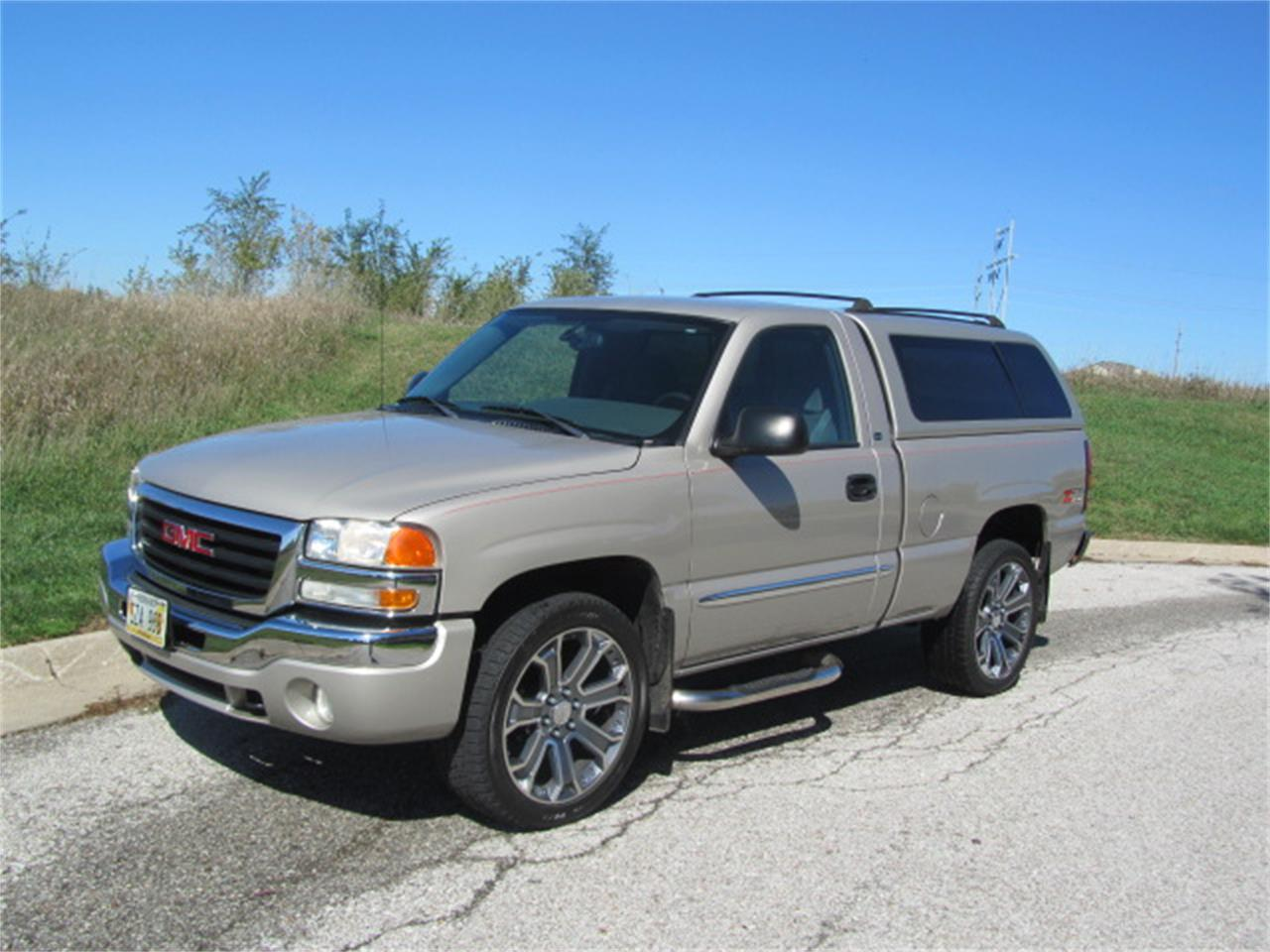 Large Picture of '04 Sierra - M68V