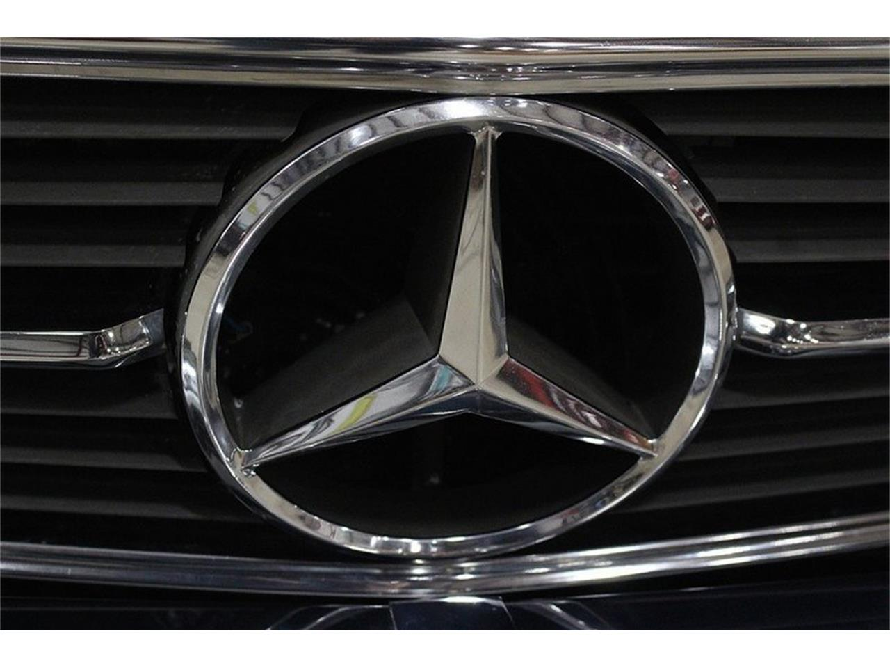Large Picture of 1980 Mercedes-Benz 450SL located in Kentwood Michigan Offered by GR Auto Gallery - M6AJ