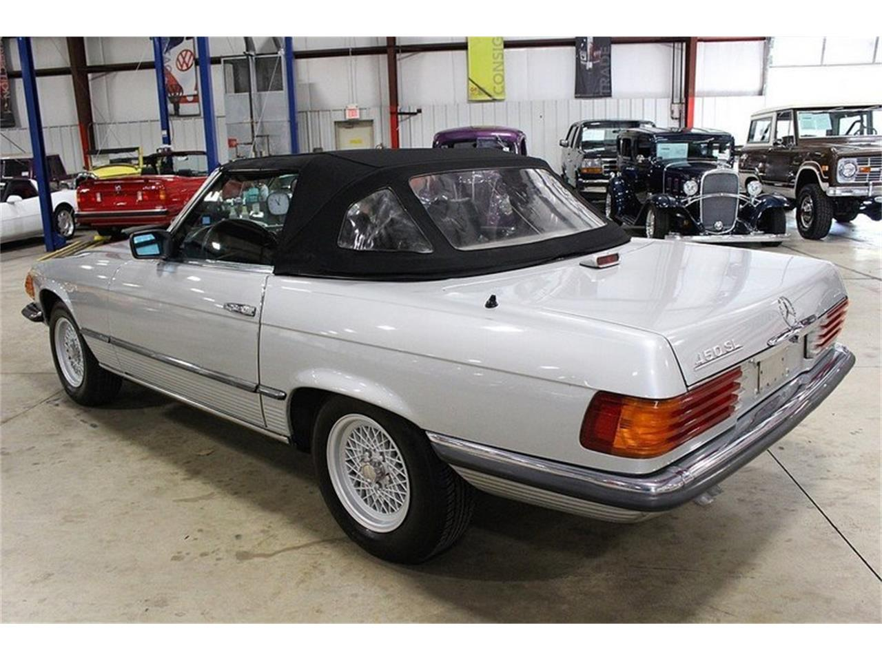 Large Picture of '80 Mercedes-Benz 450SL located in Michigan - $14,900.00 - M6AJ