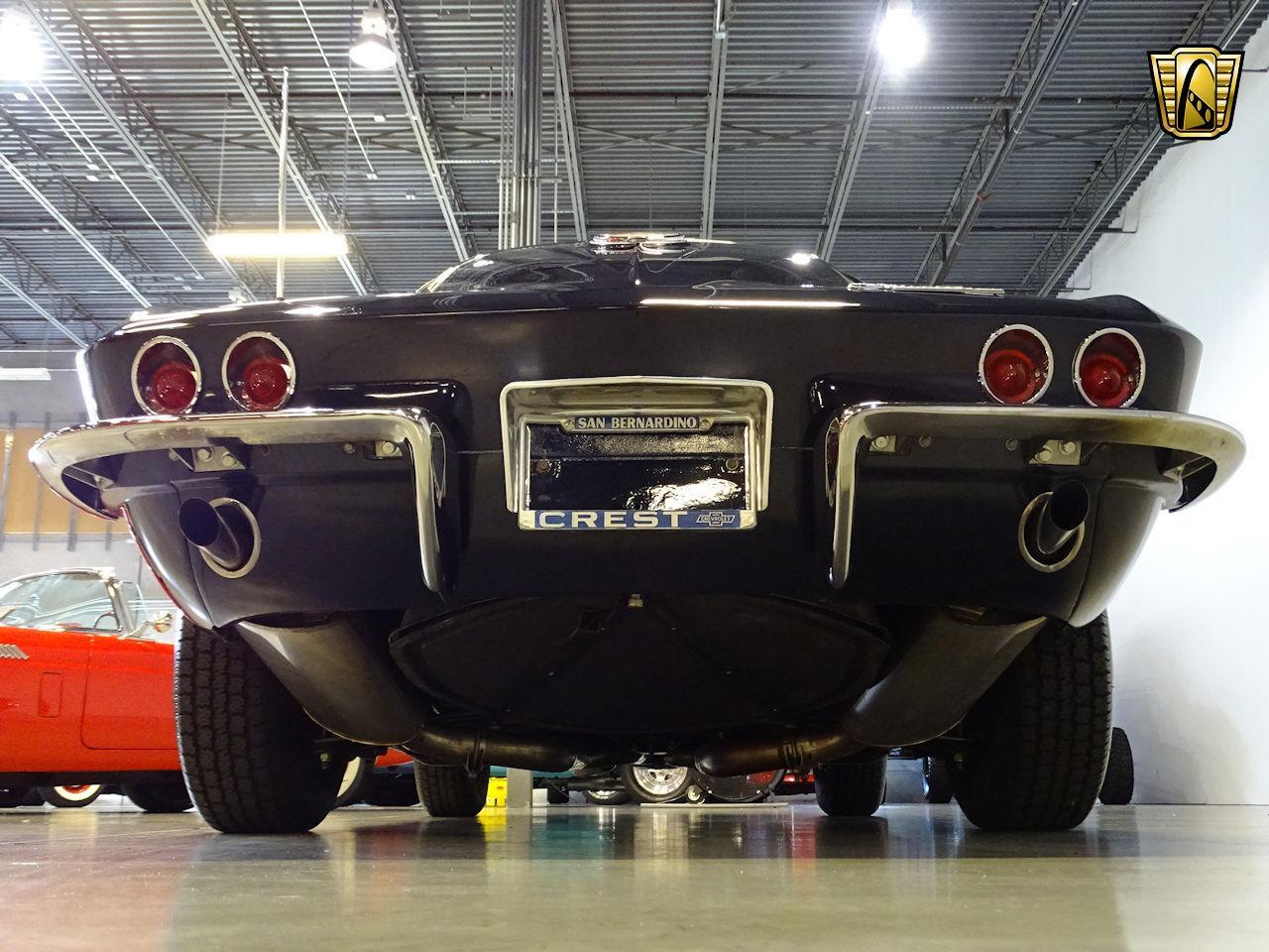 Large Picture of '63 Corvette - M6BN