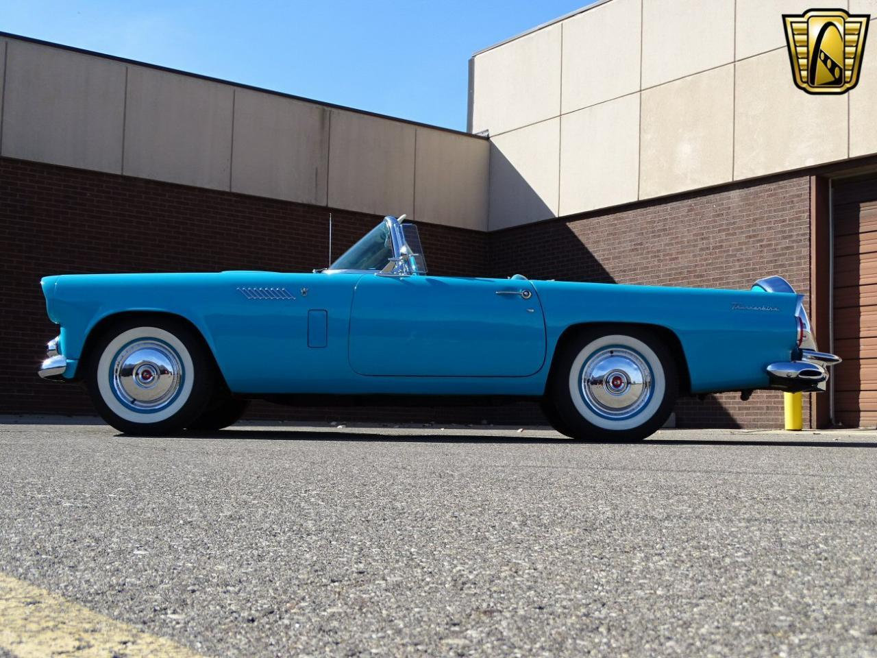 Large Picture of 1956 Thunderbird located in Dearborn Michigan - M6BX