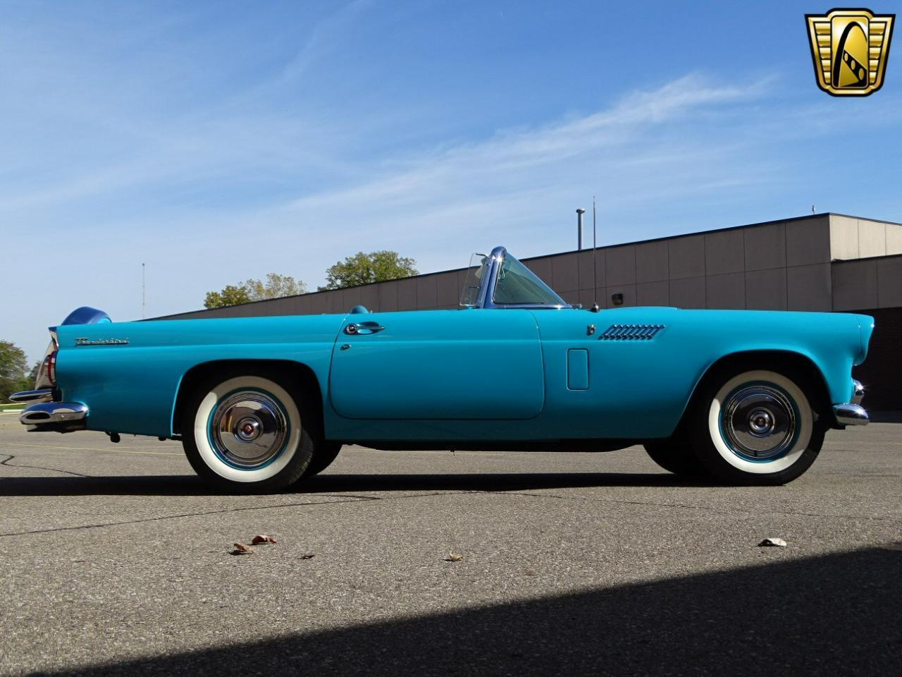 Large Picture of 1956 Thunderbird - M6BX