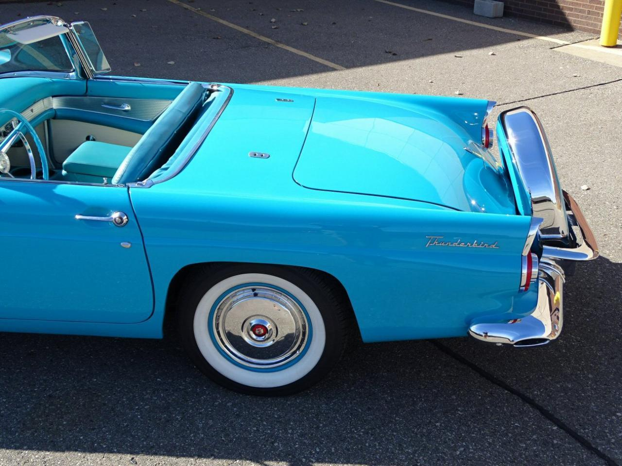 Large Picture of '56 Thunderbird located in Michigan Offered by Gateway Classic Cars - Detroit - M6BX