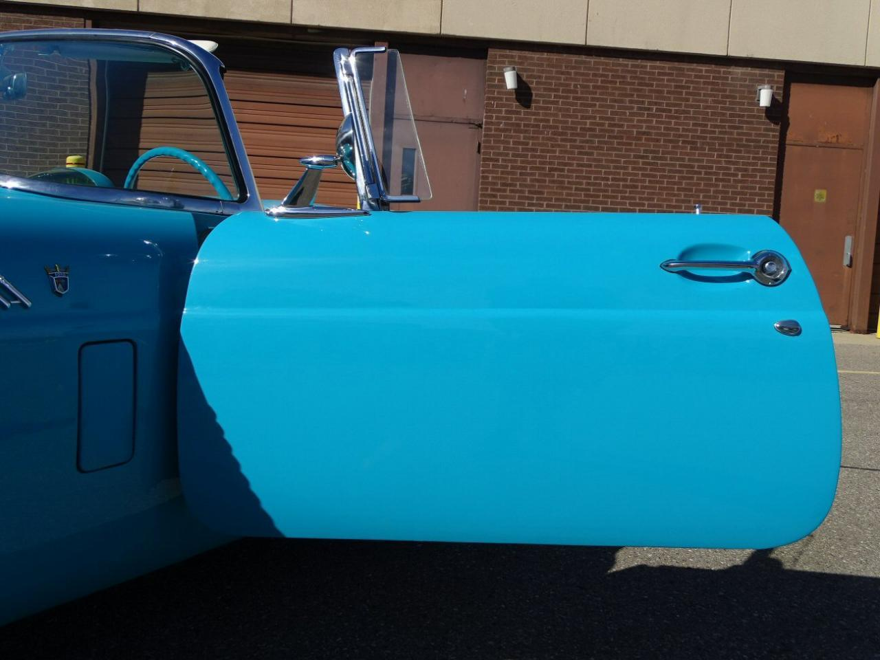 Large Picture of Classic 1956 Thunderbird located in Dearborn Michigan - M6BX