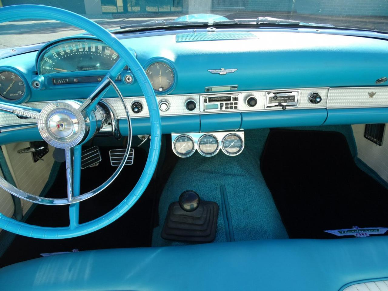 Large Picture of Classic 1956 Thunderbird - M6BX