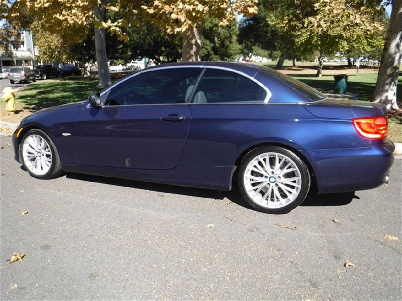 Large Picture of 2011 BMW 3 Series located in California - M6CE