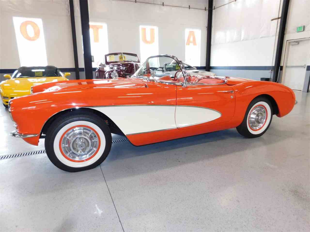 Large Picture of 1956 Chevrolet Corvette located in Bend Oregon Offered by Bend Park And Sell - M6IG