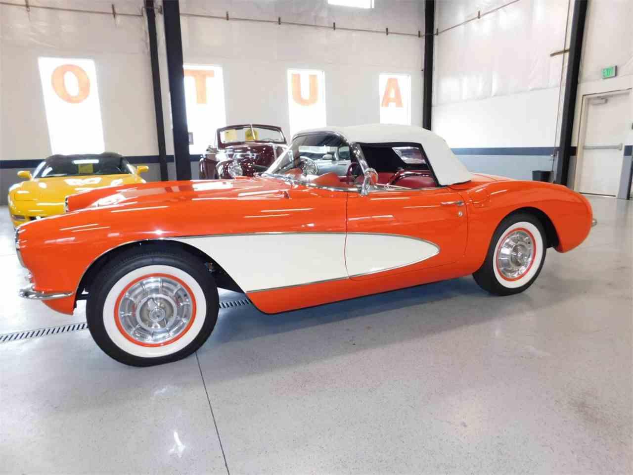 Large Picture of 1956 Corvette - M6IG