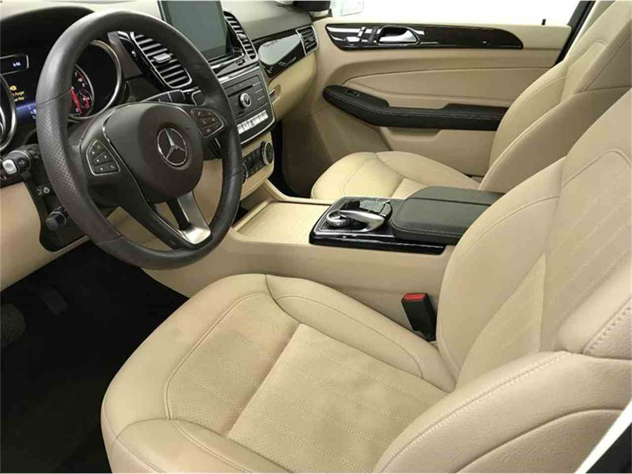Large Picture of '17 GL-Class - M6KB