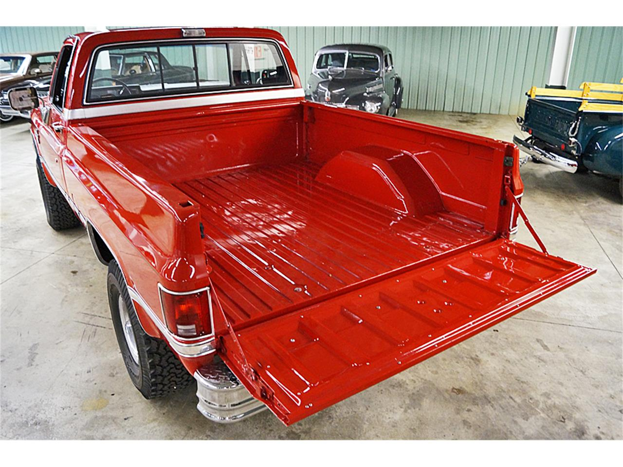 Large Picture of 1986 Chevrolet Silverado Offered by Motorcar Portfolio - M6LJ
