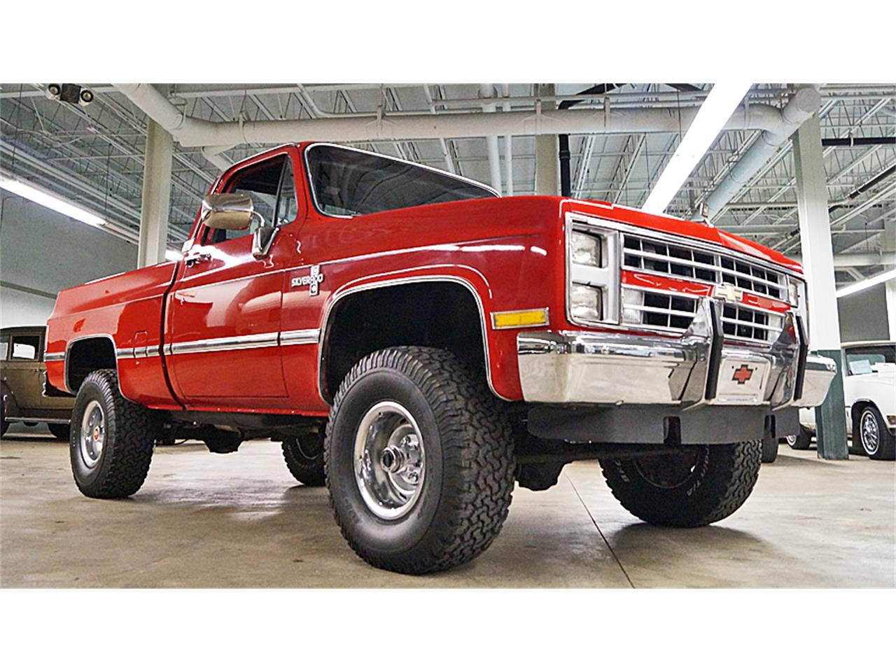 Large Picture of 1986 Chevrolet Silverado located in Ohio - $21,500.00 Offered by Motorcar Portfolio - M6LJ