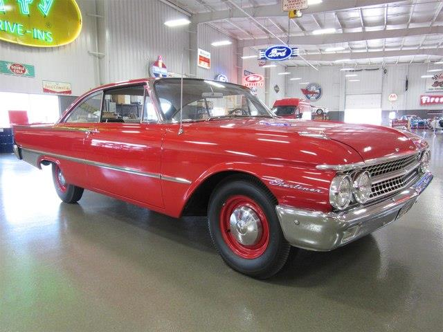Picture of Classic 1961 Starliner located in Greenwood Indiana - $65,000.00 Offered by  - M6MM
