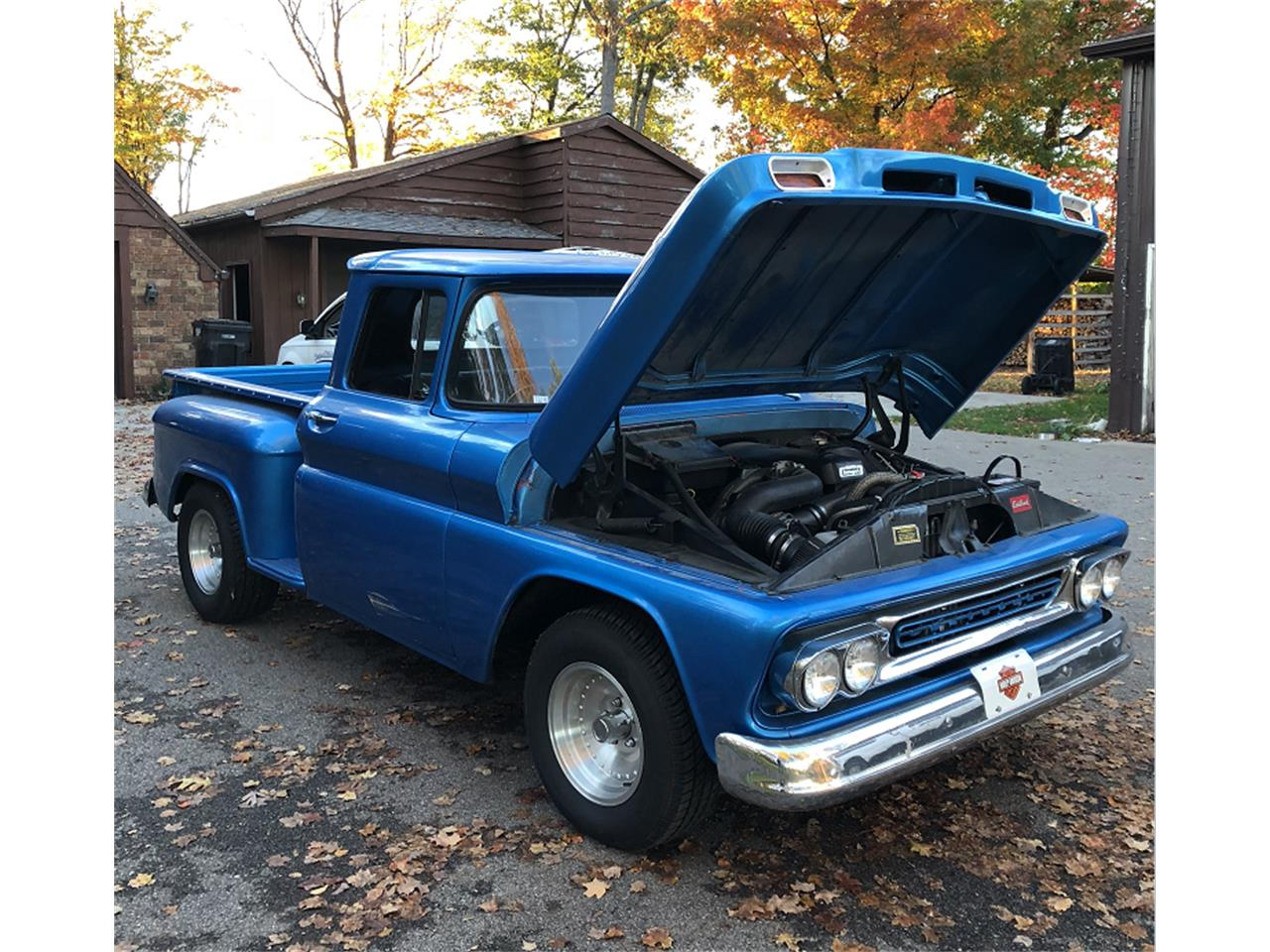 Large Picture of 1961 Chevrolet Apache - M6NA