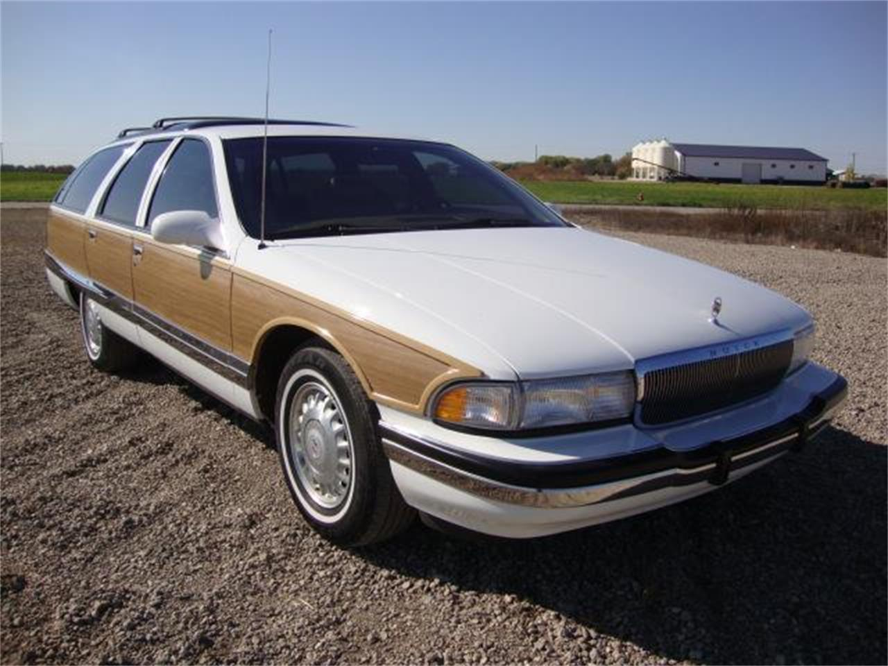 Large Picture of '95 Roadmaster - M6NT