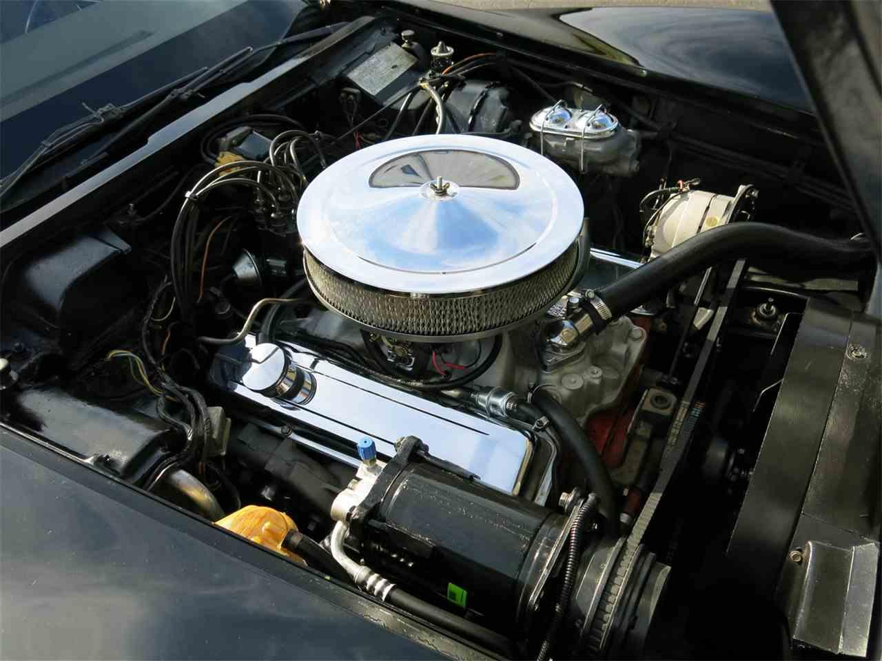 Large Picture of '73 Corvette - M6OE