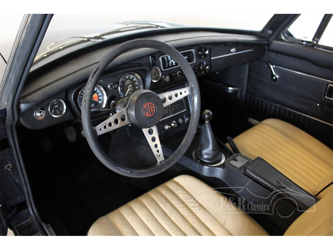Large Picture of '72 MGB - M6OY