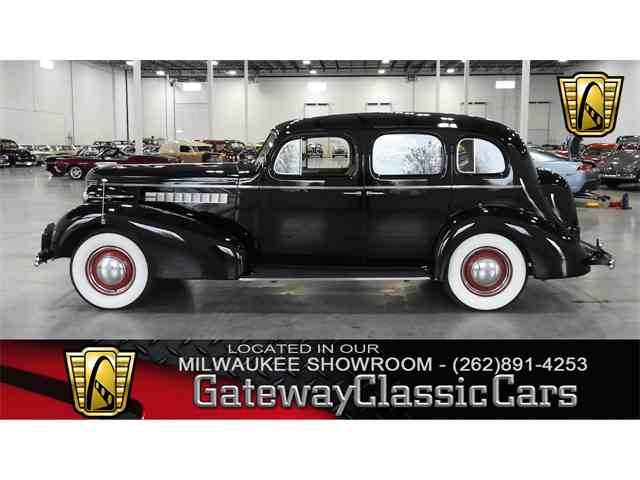 Picture of '37 Buick Roadmaster Offered by Gateway Classic Cars - Milwaukee - M6QX
