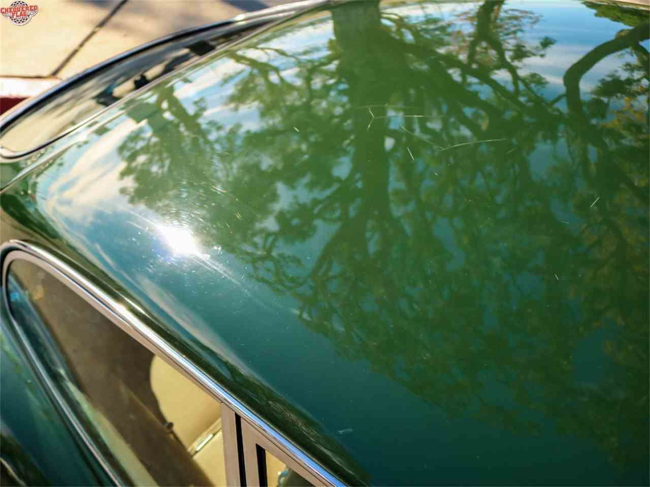 Large Picture of Classic 1969 E-Type - M6RZ