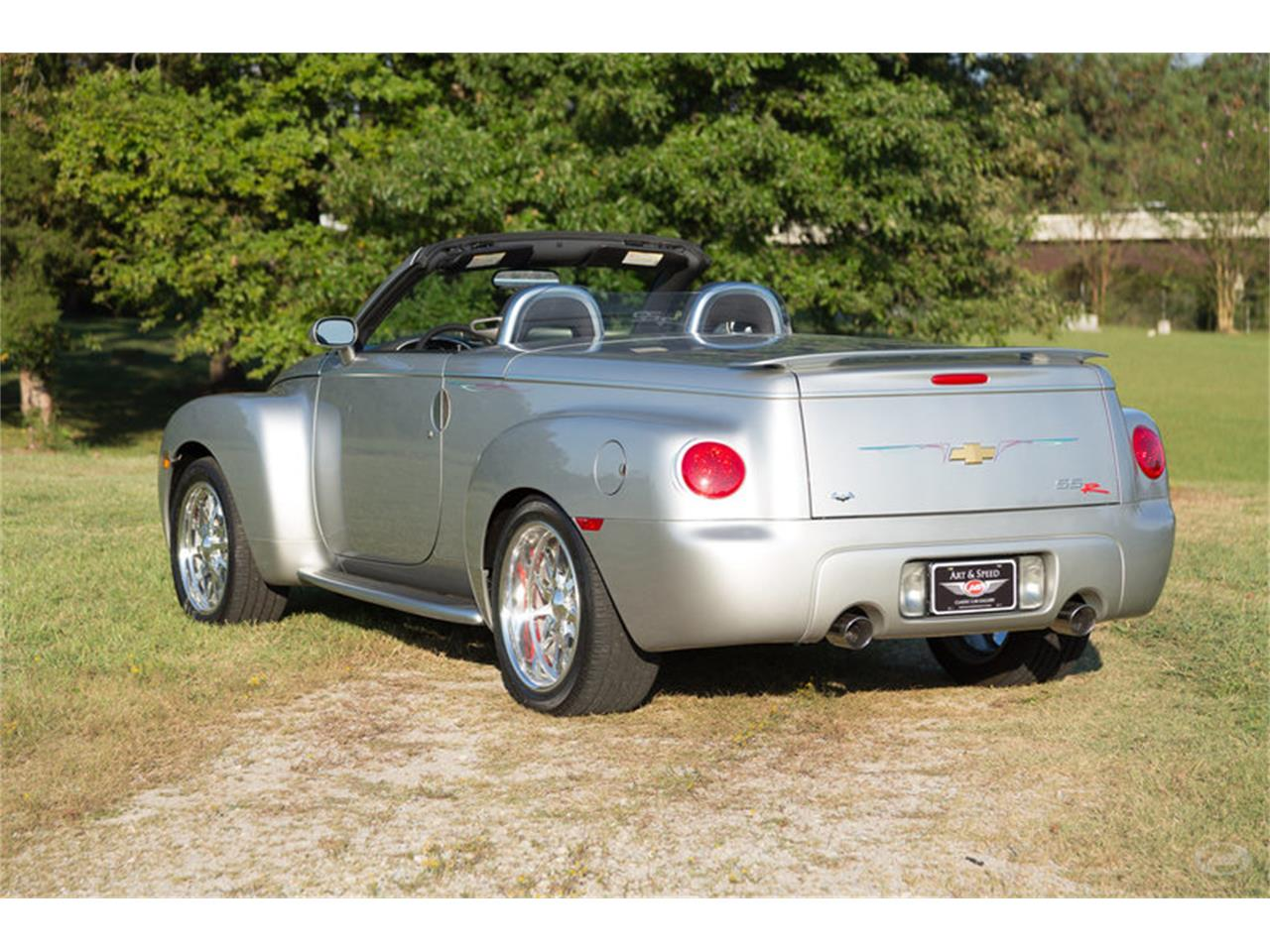 Large Picture of '05 SSR located in Collierville Tennessee Offered by Art & Speed - M6SY