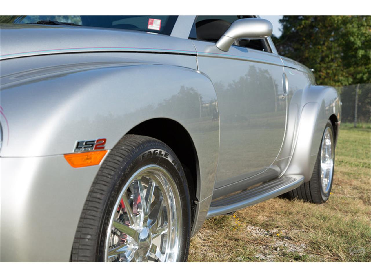 Large Picture of '05 Chevrolet SSR - $29,900.00 - M6SY
