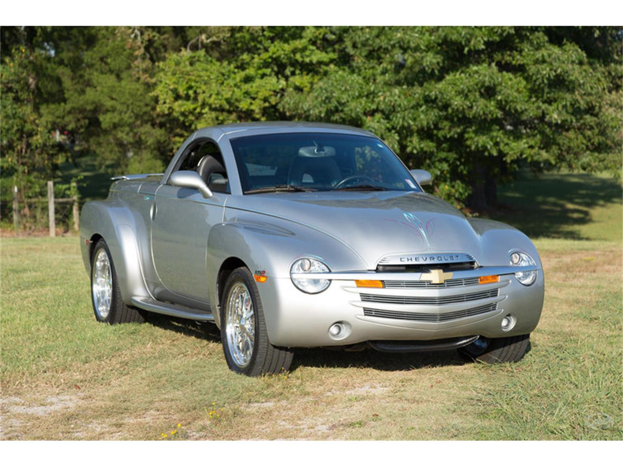 Large Picture of '05 Chevrolet SSR - M6SY