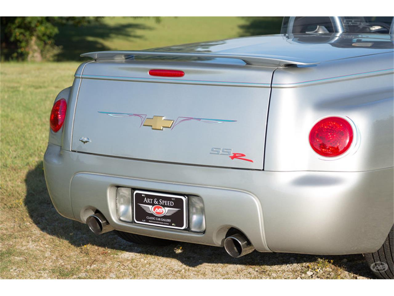 Large Picture of 2005 Chevrolet SSR located in Collierville Tennessee Offered by Art & Speed - M6SY