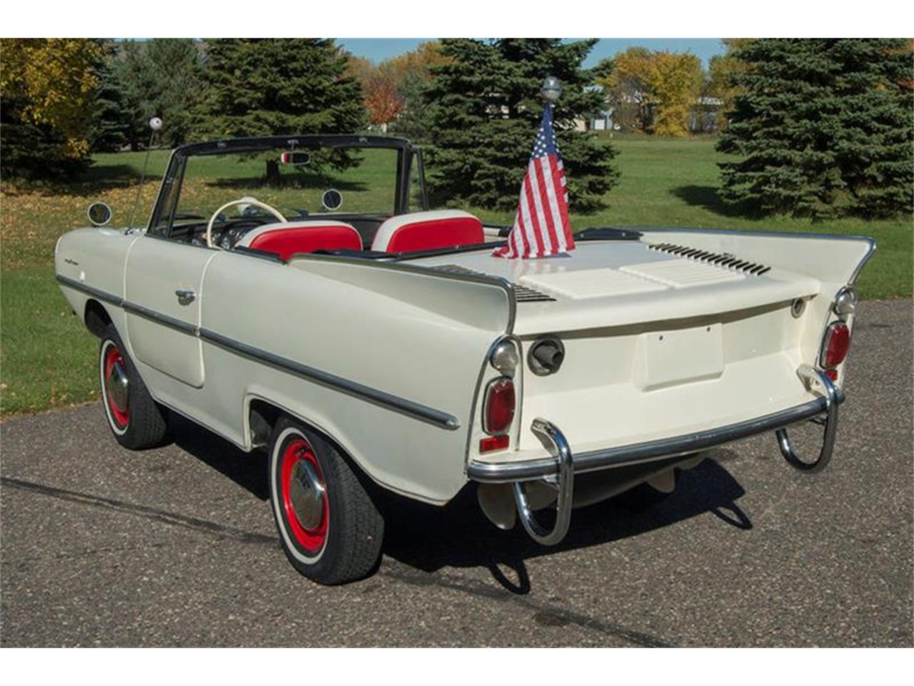 Large Picture of Classic '67 Amphicar 770 located in Minnesota - M6UC