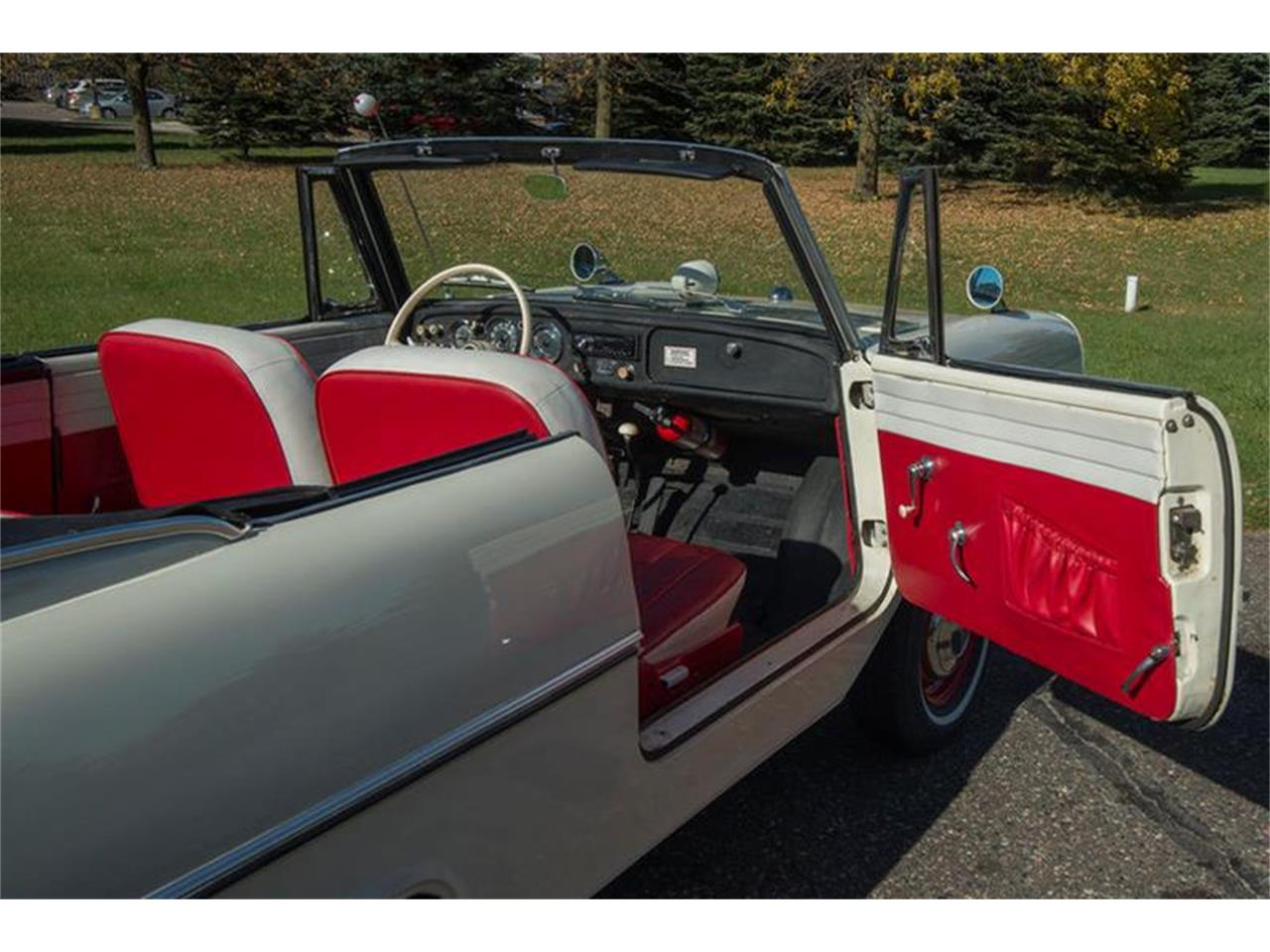 Large Picture of 1967 Amphicar 770 - M6UC