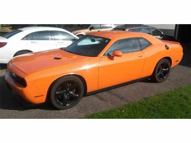 Picture of '14 Challenger R/T - M6VU