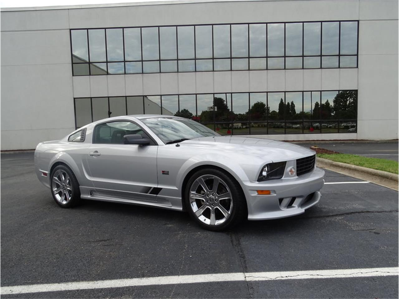 Large picture of 06 mustang gt m6xh