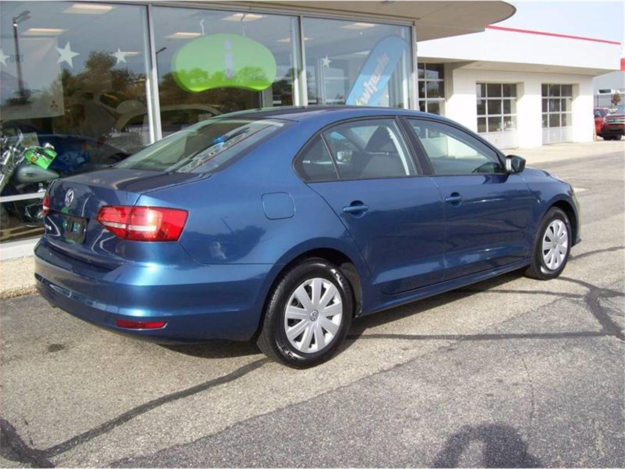 Large Picture of '15 Volkswagen Jetta located in Holland Michigan - $10,995.00 Offered by Verhage Mitsubishi - M6XO