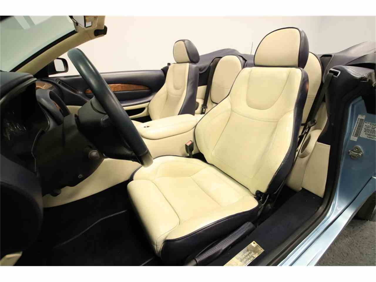Large Picture of 2000 Aston Martin DB7 Vantage Volante - $39,995.00 - M73B