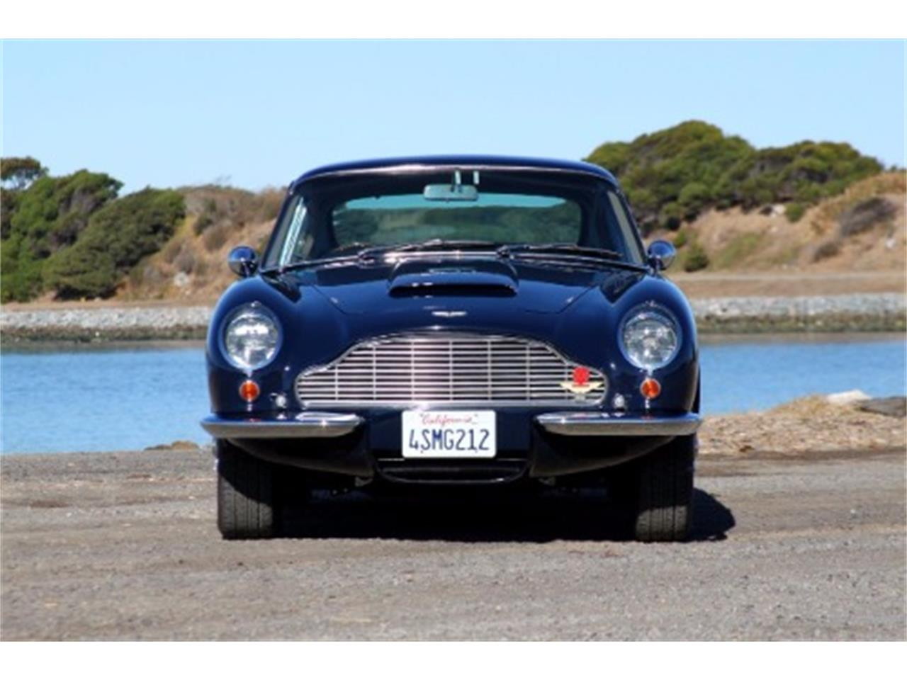 Large Picture of '67 Aston Martin DB6 - M747