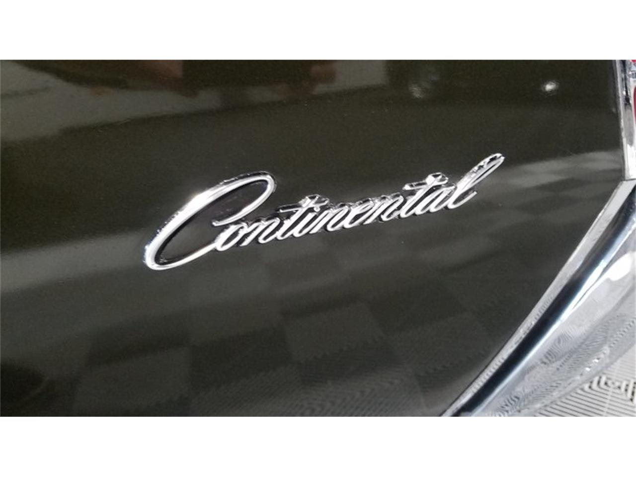 Large Picture of '70 Continental Mark III - M761